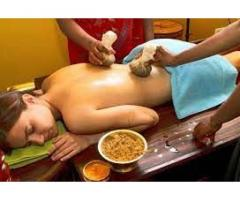 Our pizhichil therapy helps reduce anxiety & stress