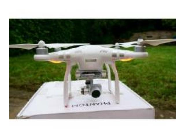 DJI Phantom 3 Advanced Drone FPV Quadcopter with box and case