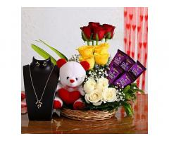 Cakes & Flowers Delivery in Laxmi Nagar